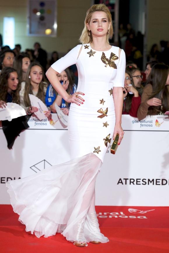 Ana de Armas con un original vestido de Andrew Gn