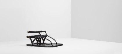 Sandalia Pull &Bear 15,99€