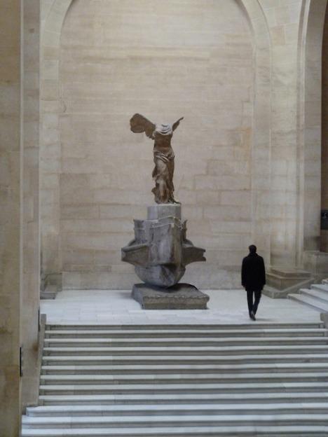 Victoria de Samotracia, Louvre, París
