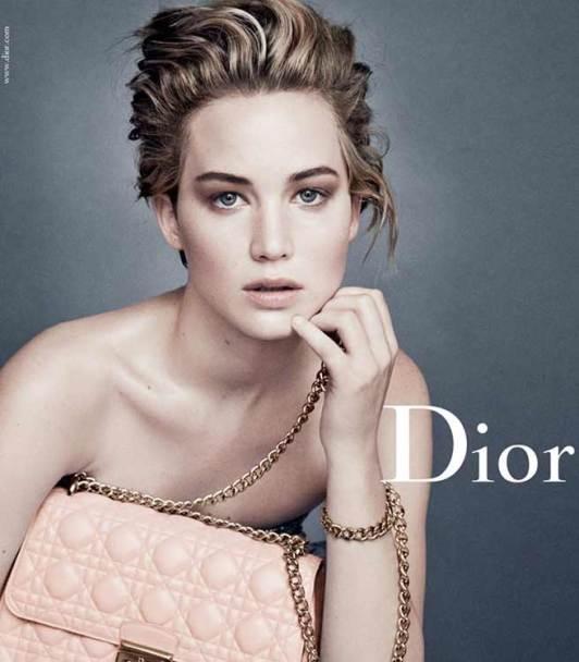 Jennifer Lawrence protagonizando su tercera campaña para  la casa Dior