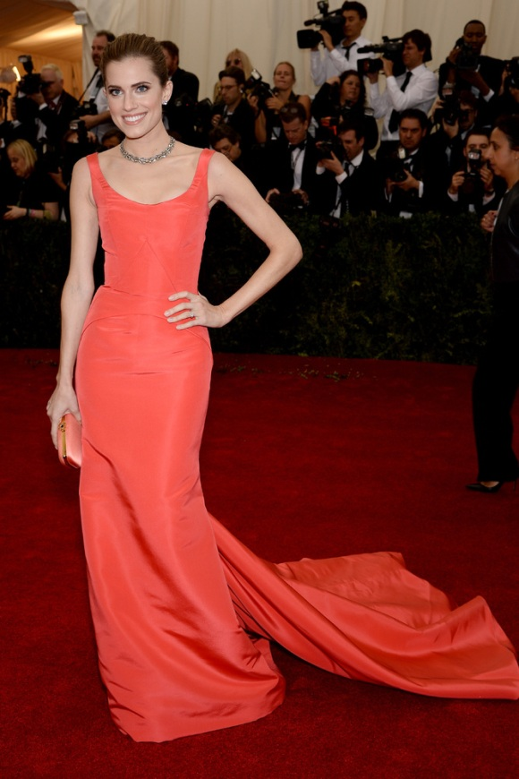 Allison Williams, de Oscar de la Renta