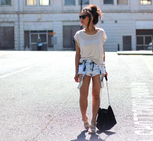 Jeans + camiseta ancha