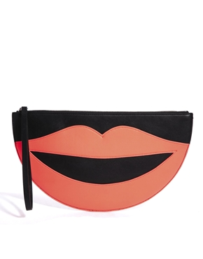 Sonríe con este clutch de Monki. De venta en ASOS por 25,00€