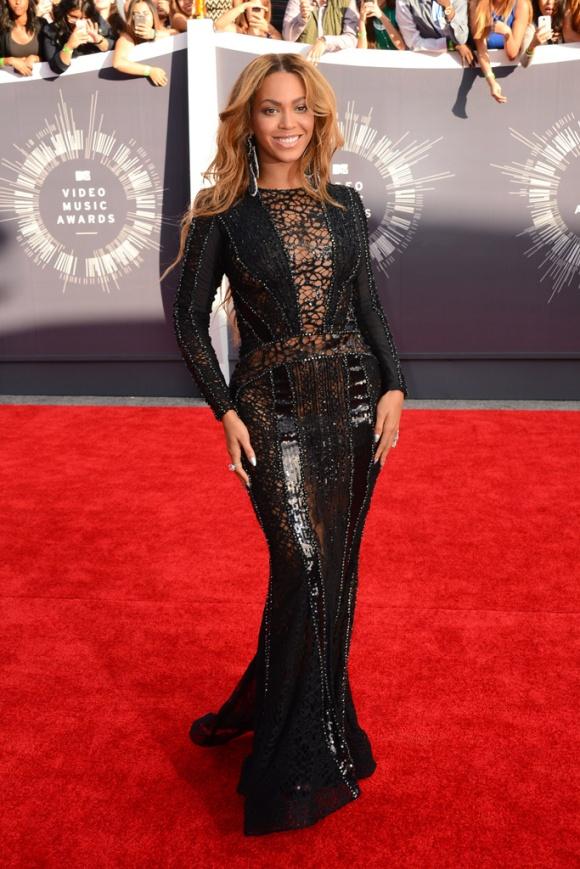 Jebran Couture Beyoncé