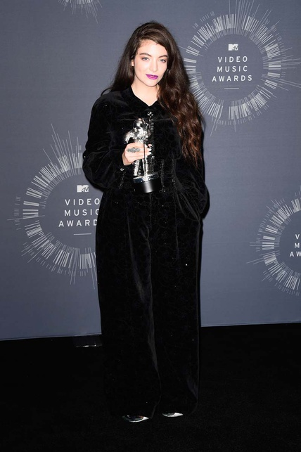 lorde chanel