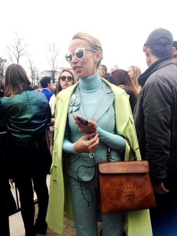 valentino fashion show pfw 2015 rtw fall winter jardin des tuileries valentino blogger streetstyle paris semana de la moda de paris paris fashion week 2015 desfile de valentino valentino zoolander