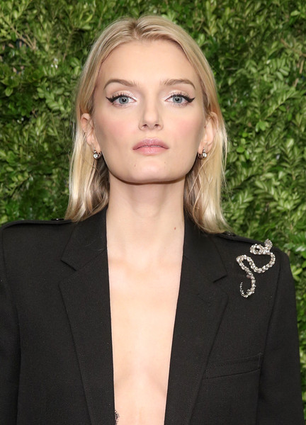 Lily donaldson maquillaje look